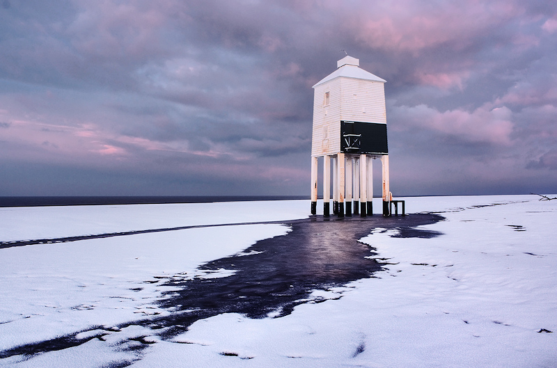 Burnham on Sea Lighthouse Snow