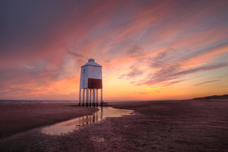 Burnham on Sea Lighthouse Pink Streaks