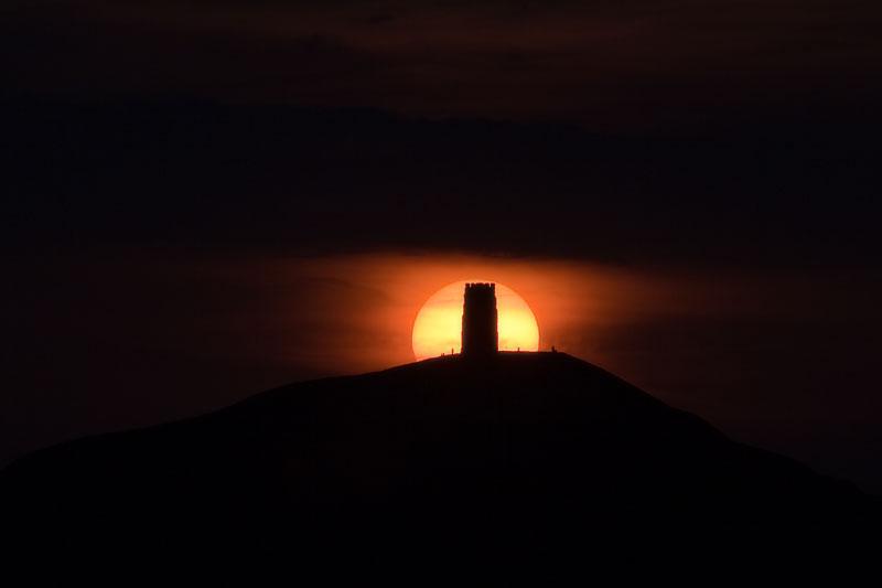 Glastonbury Tor Sun Eclipse