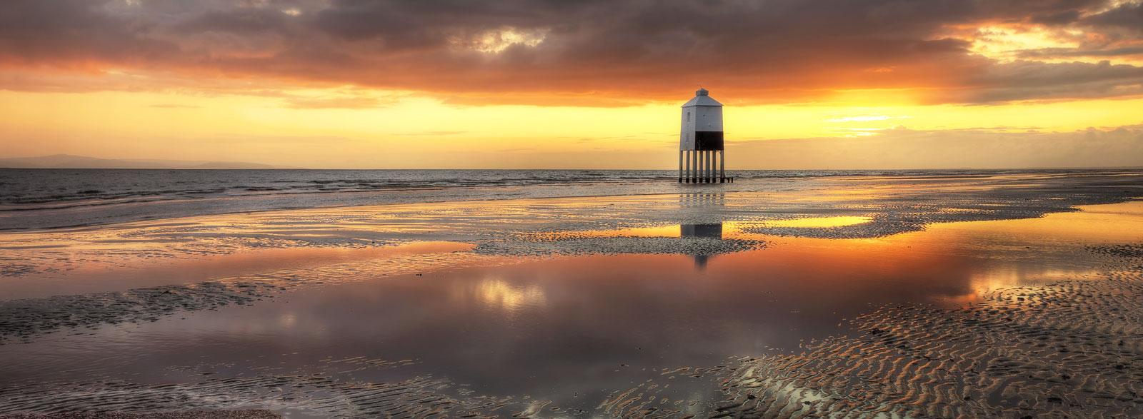 Lighthouse Amber Panorama