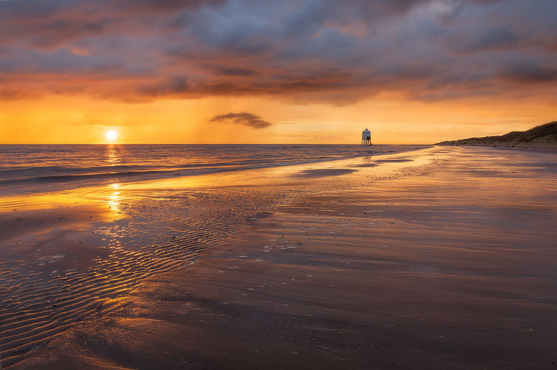 Lighthouse Bronzed Beach